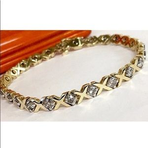 Jewelry - 2.5 carat 14k yellow gold diamond bracelet